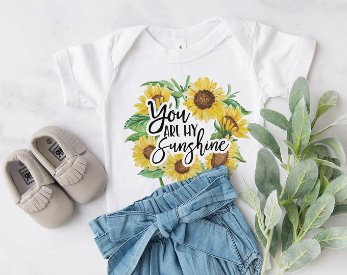 You Are My Sunshine  / Baby Bodysuit / Cute Baby Clothes / Baby Gift / Baby Shower