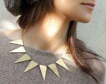 brass triangle necklace, hammered statement necklace, gold triangles necklace, geometric jewelry