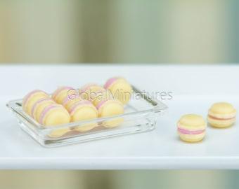 10 Pcs Green Tea Macarons on Plastic Tray Dollhouse Miniatures Food Bakery