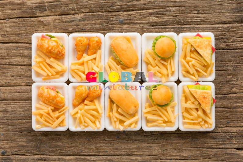 5 Set French Fries With Fast Food on White Tray Dollhouse Miniatures Bakery
