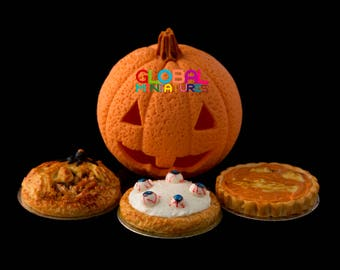 Dollhouse Miniatures Handcrafted Clay Set of Halloween Tart and Deep Filled Pie with Jack o' Pumpkin Lantern Head Festival Prop Decorating