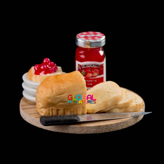 10 Sliced of Bread with Strawberry Dollhouse Miniatures Food Bakery Breakfast