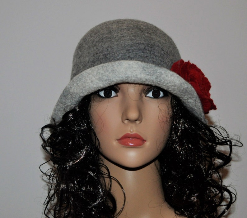 Downton Abbey cloche hat shades of grey hat 1920s cloche hat Grey and white cloche hat