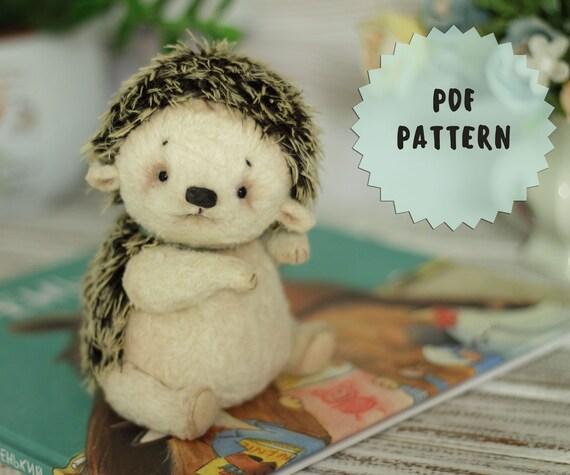 """Pattern teddy hedgehog 5.9""""(15cm)"""