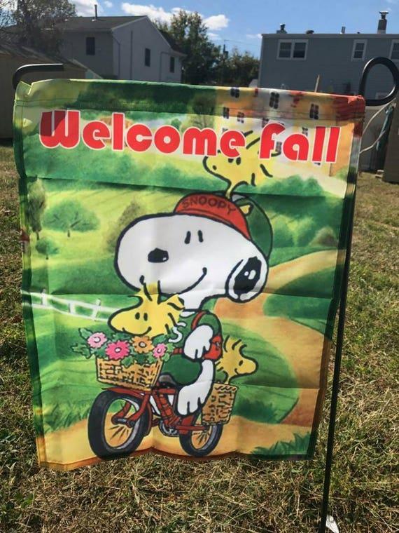 "Peanuts Snoopy Happy Fall Garden Decorative Flag 12/""X18/""-Free Shipping-New"