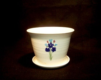 Standing Planter with tray, in a white glaze with bouquet of blue, turquoise 5.5x 7