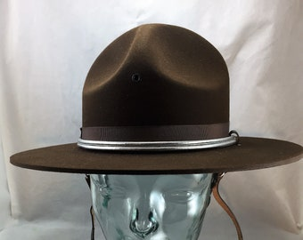 Stratton Felt Campaign Hat in Chocolate Brown Size 7 1 8 with Chin Strap  and Silver Braid Hat Band New in Original Box 02003 b1692ffd0619