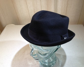 5201b1dd687b3 Vintage Black Pork Pie Style Hat from Peter Grimm Co. True Character Size  Small 02568