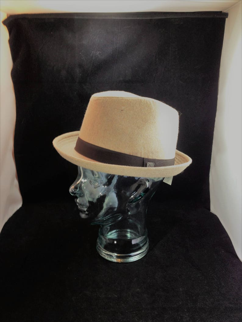 b451d6a21e90f Aldo Conti Italian Made Beige Fedora Style Hat New with Tag