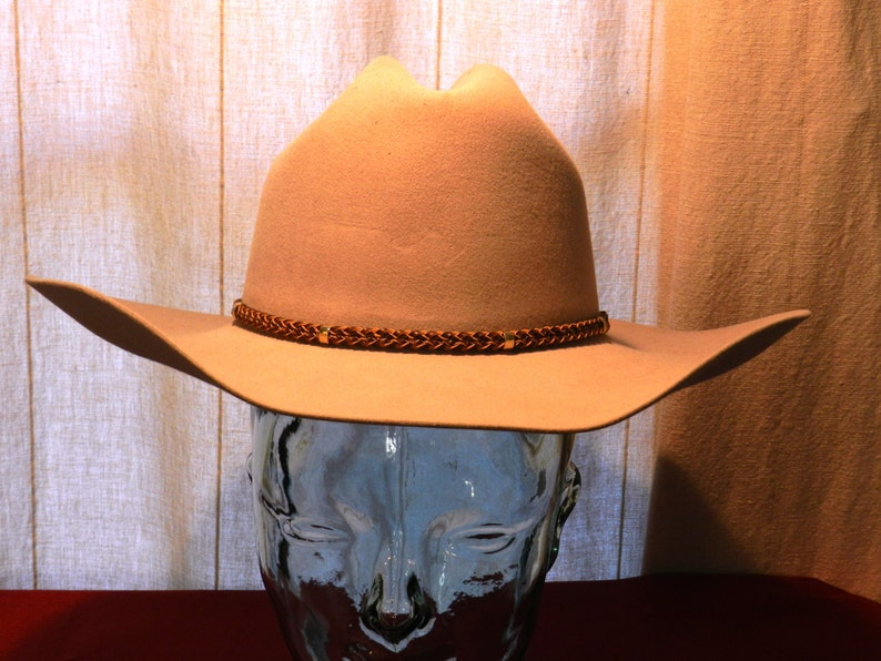 Vintage Wrangler 5X Beaver Quality Fawn Colored Cowboy Hat  8ccf2f2cfe4