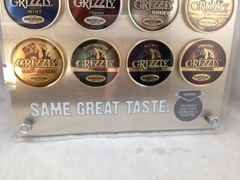 Grizzly Snuff Chewing Tobacco 2-Sided Metal Lid Display 02138