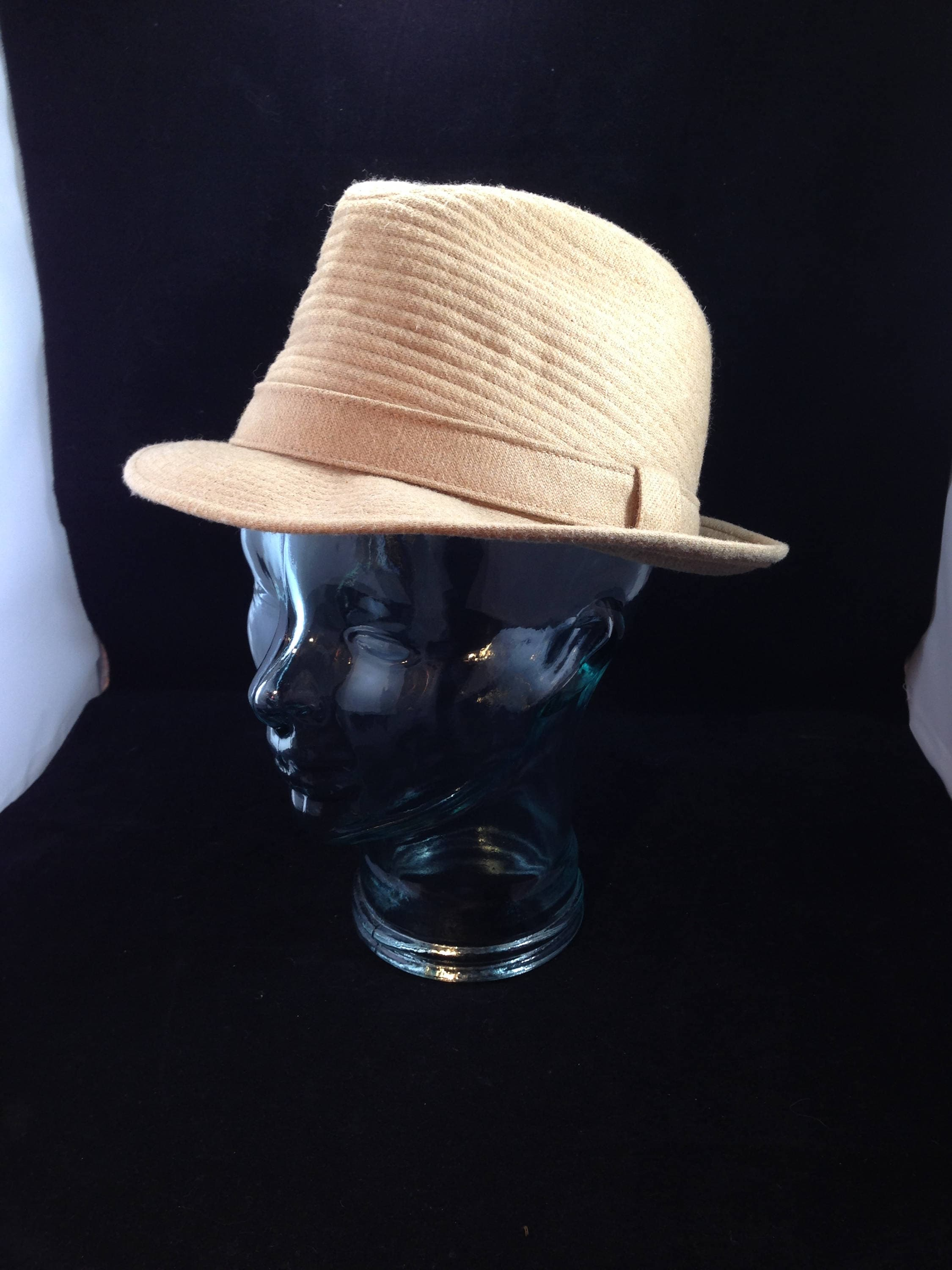 Vintage London Fog Fedora Pattern L3134 Camel Color Size 7  b700a6b9788