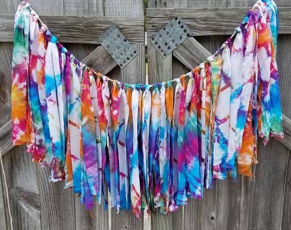 Fabric Garland, Fabric Banner, Fabric Bunting, Tie Die Garland, Tie Dye Decoration, Tie Dye Bunting, Tie Dye Photo Prop, Boho Garland