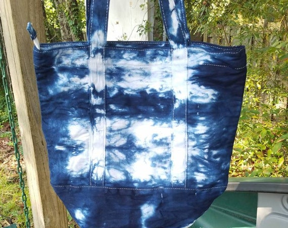 Hand Dyed Tote Bag, Tie Dye Tote, Tie Dye Market Bag, Tie Dye School Tote, Women's Handbags, Tie Dye Beach Bag, Zipper Tote, Shopping Bag