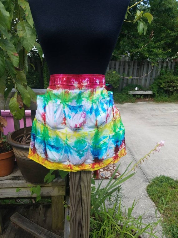 Egg Collecting Apron,  Tie Dye Egg Apron, Eggpron, Farm Apron, Fabric Egg Apron, Chicken tools, Pocket Apron Chicken Accessories Waist Apron