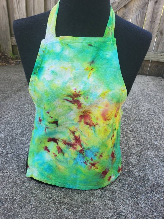 Tie Dye Kids Apron, Tie Dye Kids Craft Apron, Tie Dye Kids Kitchen Apron, Tie Dye Kids Cooking Apron, Kids Chef Apron, Toddler Apron