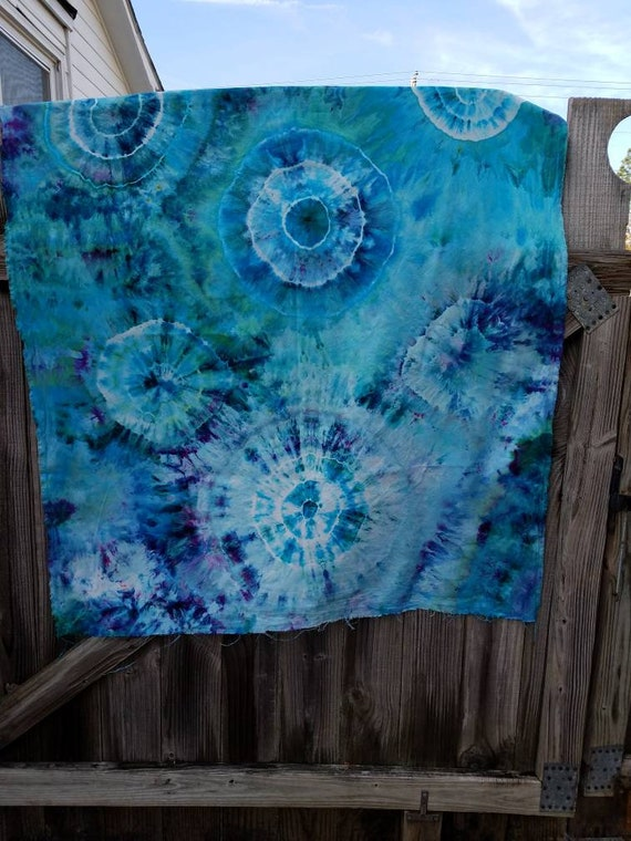 Tie Dye Cotton Fabric, Tie Dye Tapestry, Tie Dye Wall Hanging, Blue Tie Dye, Hand Dyed Fabric, Tie Dye Sewing Supplies, Tie Dye Craft