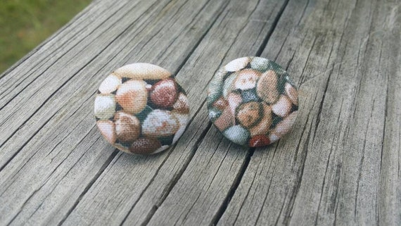 Button Earrings, Rock earrings, Costume Jewelry, Fabric Earrings, Round Earrings, Nickel Free Earrings, Nature Earrings, Pebble Print