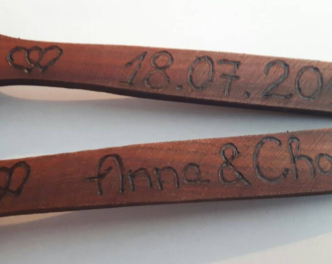 Wooden spoons set of two, wedding personalised engraved spoon with names, date, numbers, wedding favors, mr and mrs, gay wedding, love spoon