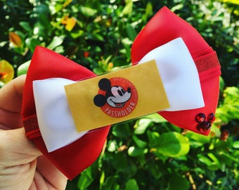 Annual pass holder inspired hairbow