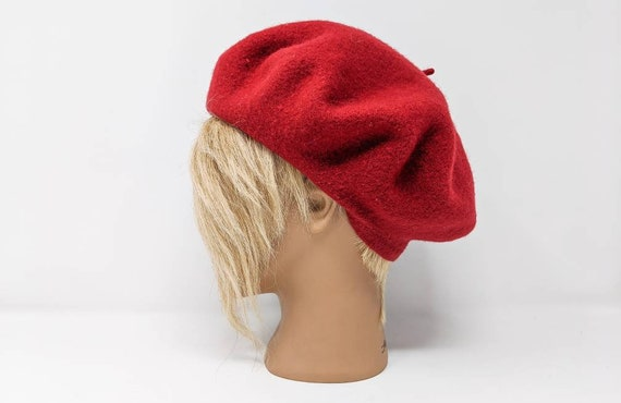 FREE SHIPPING - Vintage 1960's Wool Red Beret | Pa