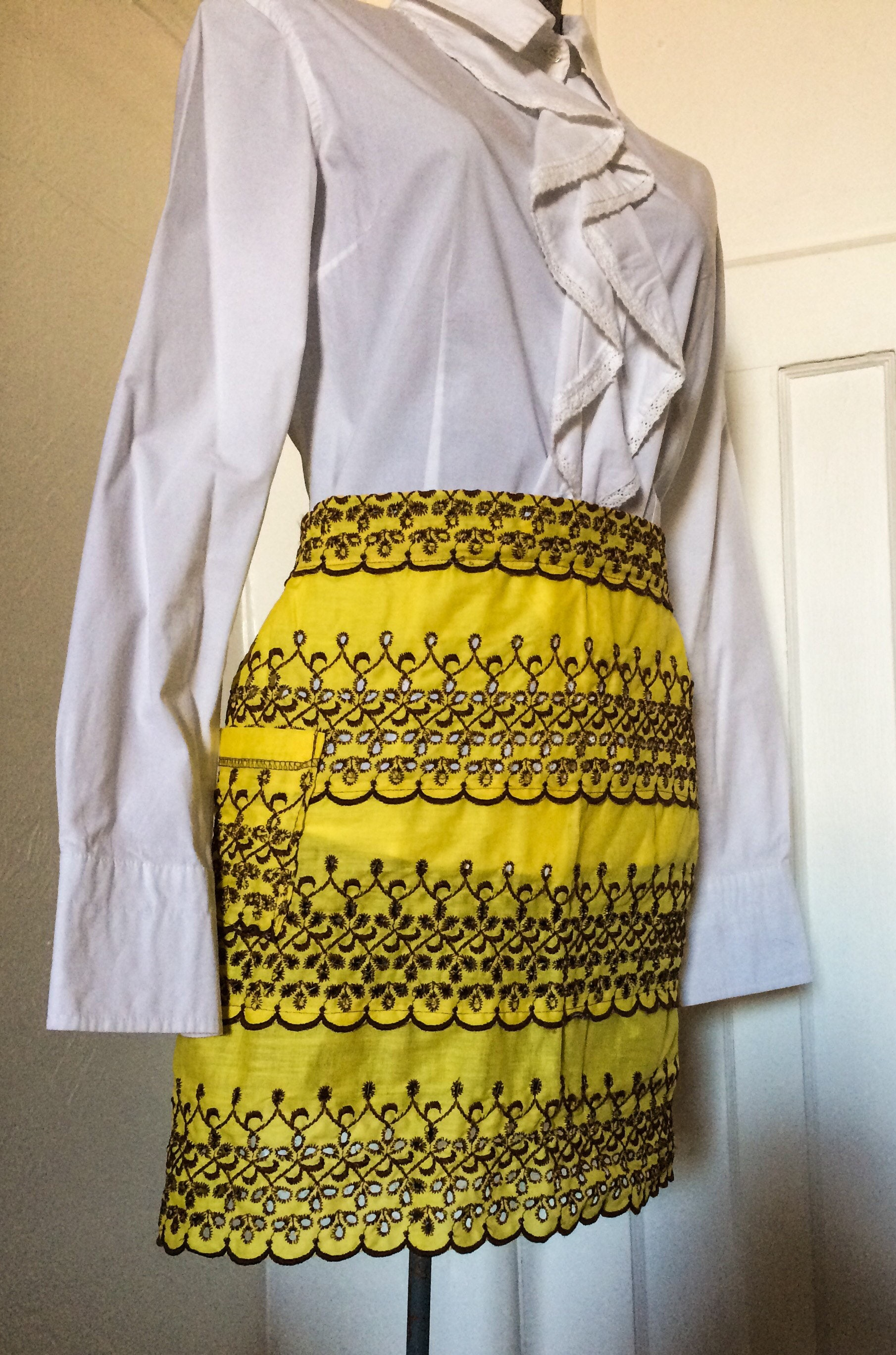 Vintage Yellow Apron from the 1960\'s -Colorful Apron ...