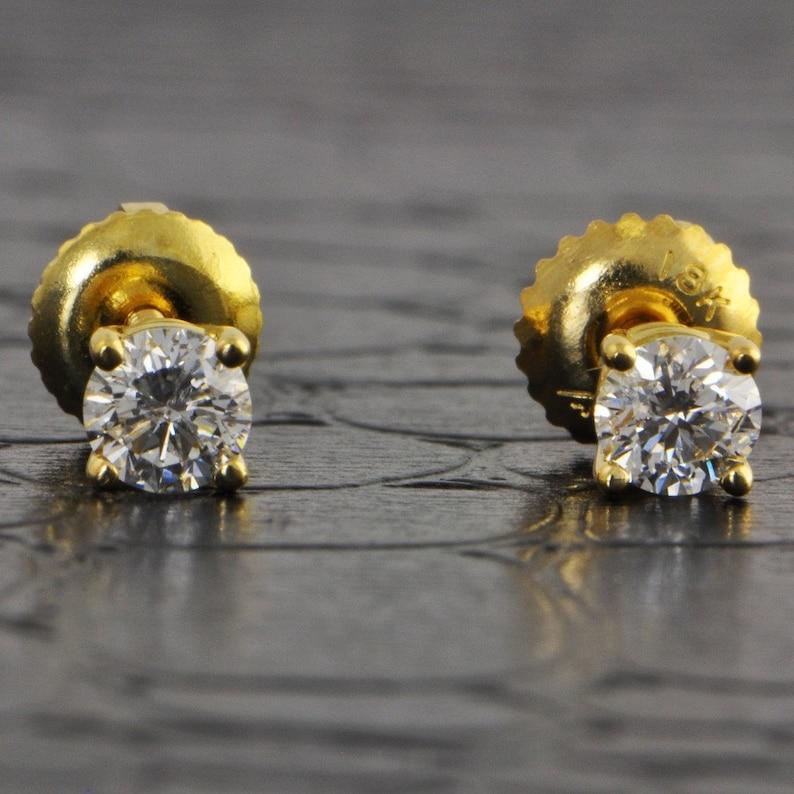 b6adbdf32 0.42-0.45 ctw Yellow Gold Basket Diamond StudsStud Earrings   Etsy