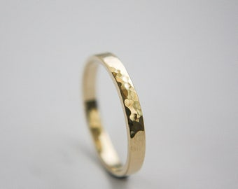 10k Hammered gold ring in / Gold Ring / Wedding Ring / hammered Ring / stackable ring  / Yellow Gold band / Gold band / Gold