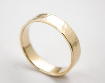 Hammered ring in 10k Yellow Gold / Gold Ring / Wedding Ring / hammered Ring / Gold Wedding Ring / Yellow Gold band / Gold band / wedding