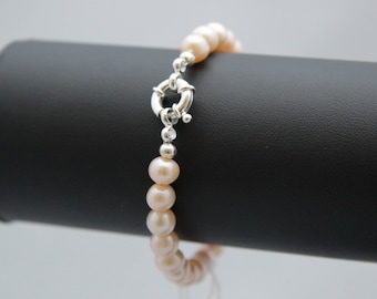 Peach Freshwater Pearl Bracelet with nautical design clasp