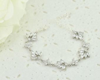 Silver Leaf Bridal Bracelet, Wedding Jewellery, Clear Cubic Zirconia Crystal Bracelet, Silver Brides Bracelet, Clear Crystal bracelet, Leaf