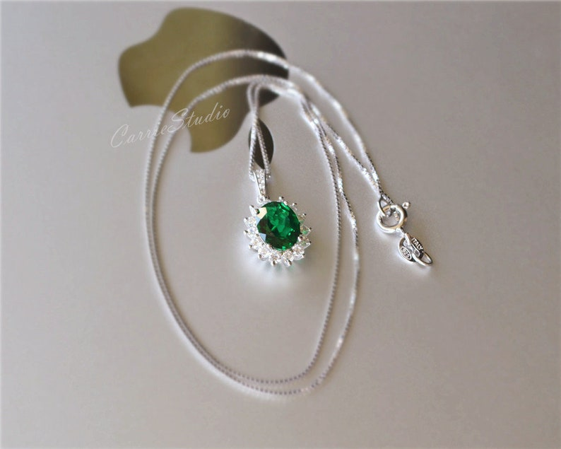Royal Style Emerald Pendant Necklace Sterling Silver Emerald Necklace Anniversary Gift Birthday Present