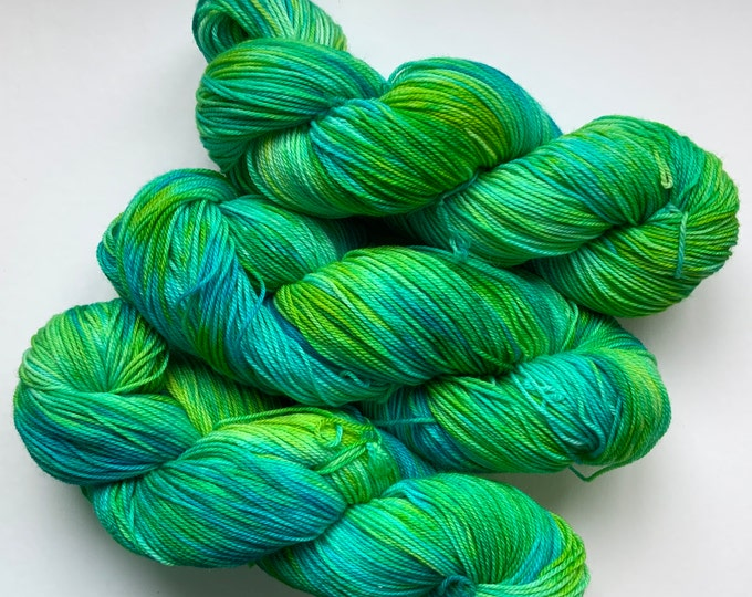 Superwash Merino Yarn - Turquoise and Chartreuse - Fingering Weight - Hand dyed