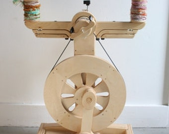Spinning Wheel - SpinOlution Echo - Free Shipping