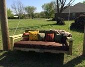 Pallet Swing with mattress, pillows, linens