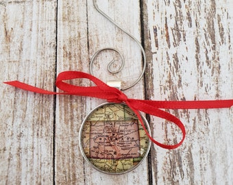 Colorado Vintage-Style Map Ornament (Small)