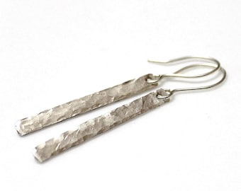 Minimal Earrings, Hammered Sterlins Silver Earrings, Stick Style Dangle Earrings, Hammered Bar Earrings, Everyday Jewelry