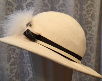 Ivory Felt Bowler/Derby with Feathers