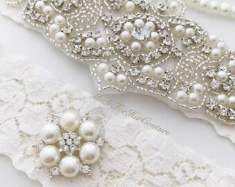 Ivory Wedding Garter, Ivory Lace Bridal Garter Set, Crystal Pearl Garter Set, Vintage Garter, Wedding Garter Belt, Garter Set