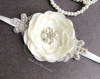 Ivory wedding Corsages, rustic Wrist Flower, Wrist Corsage, rustic Wedding Corsage, Ivory Corsage, Wedding Wrist Band, rustic wrist band
