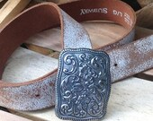 Vintage 1995 White leather belt worn faded Distressed loop square flowers embossed Size L