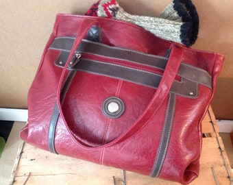 Cabas/Four-All Bag/ False Red Leather /Large size/shoulder-wearing double straps /Large Tote Bag/ Red Faux-leather /mouflon Canada