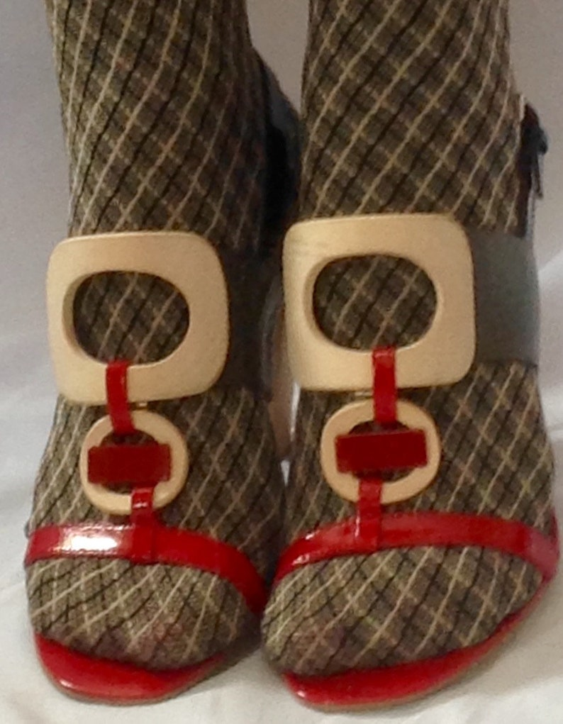 f60102f54878 Sandals heels wooden 4 and patent leather red gray and