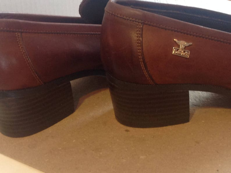 82a6b8630c5cf Vintage 1990 Womens loafers / leather genuine Brown/size 8 M / JOE SANCHEZ,  Spain