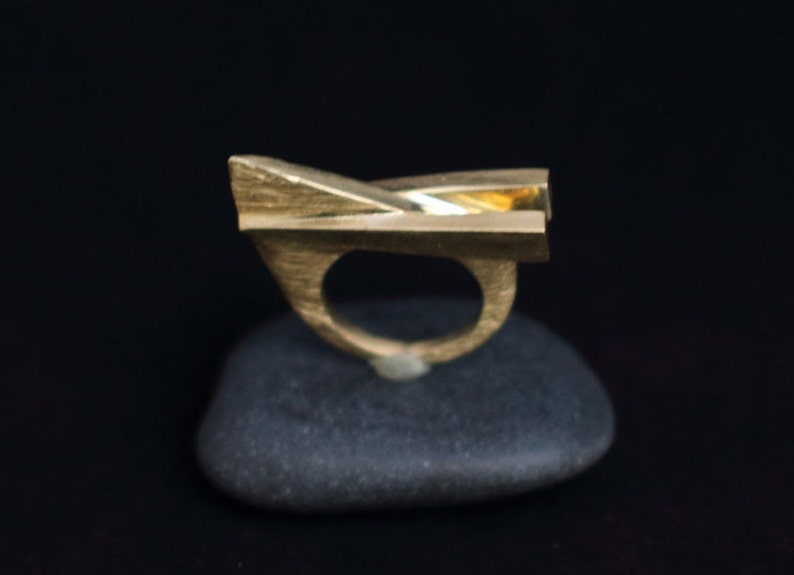 No. 1 : modern bronze ring image 0
