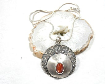 Ethnic pendant engraved solid silver sunstone, Superb medallion, ethnic, shamanic, poetic