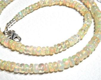 Fine collar and delicate white opals multilayers of Ethiopia