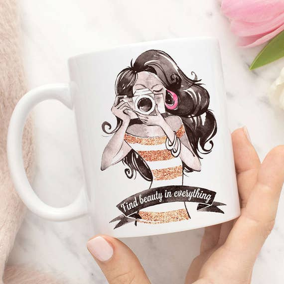 Coffee Mug Gift for Photographer, Find Beauty in Everything Girl With Camera Mug, Beauty Blogger Mug