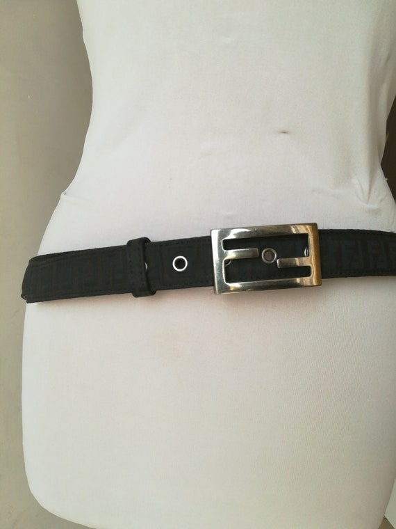 grande vendita 8b64e 40e8c Cintura Fendi vintage zucca
