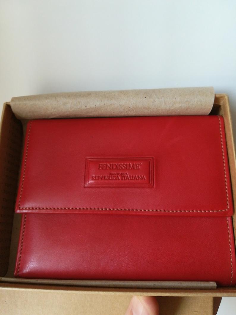 04651e60e3 Fendissime portafogli colore rosso in cuoio. | Etsy